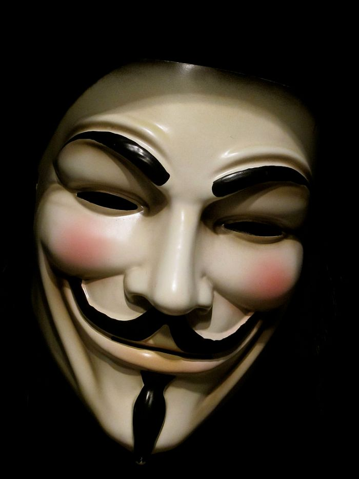 Original_Guy_Fawks_mask_from_V_for_Vendetta_(5400848923)